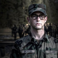 "Gordon-Levitt in ""Snowden"""