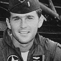 Bush giovane militare
