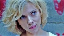 """una scena di """"Lucy"""""""