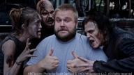 Robert Kirkman con i suoi amati zombie