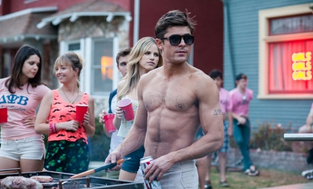Zac Efron re delle commedie estive