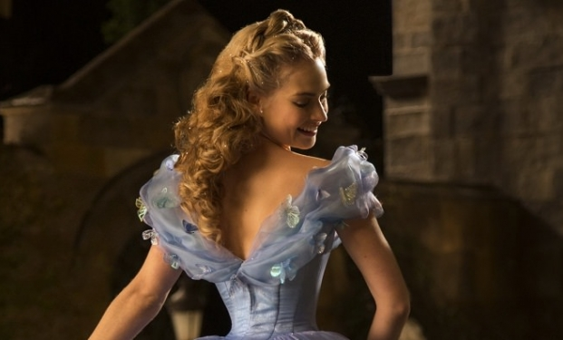 Lily James - Cenerentola