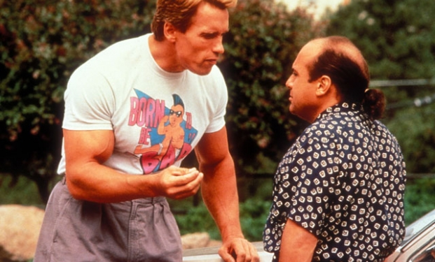"Schwarzenegger e DeVito in ""I gemelli"""