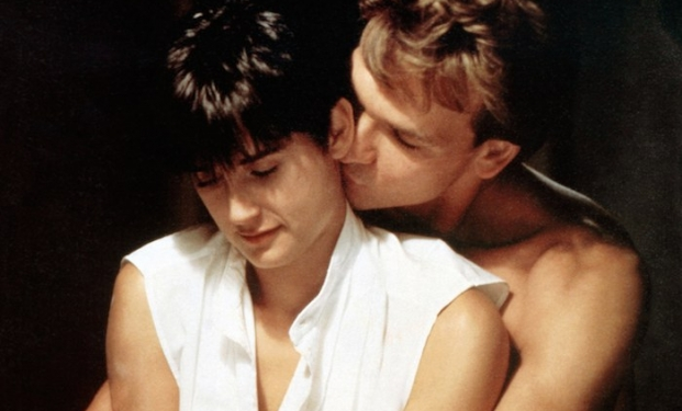 """Patrick Swayze e Demi Moore in """"Ghost"""""""