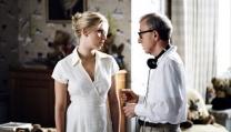 Scarlett Johansson con Woody Allen sul set di Matchpoint