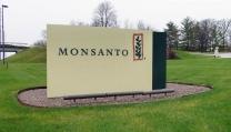 Morgan Freeman critica la Compagnia Monsanto e il governo americano