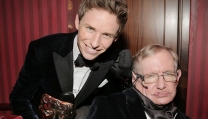 Eddie Redmayne e Stephen Hawking