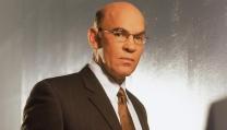 Mitch Pileggi è Walter Skinner