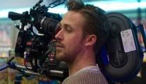 Ryan Gosling mentre dirige Lost River