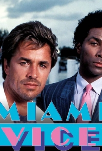 """Miami Vice"" (Brother's Keeper) (Pilota) (Usa 1984), Thomas Carter. Produttori esecutivi Michael Mann e Anthony Yerkovich"