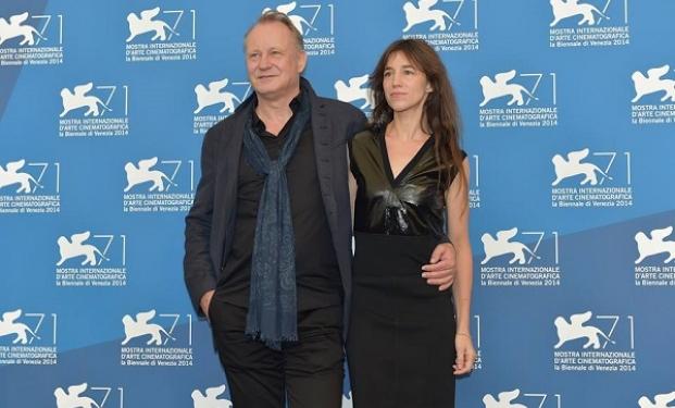 Stellan Skarsgård con Charlotte Gainsbourg