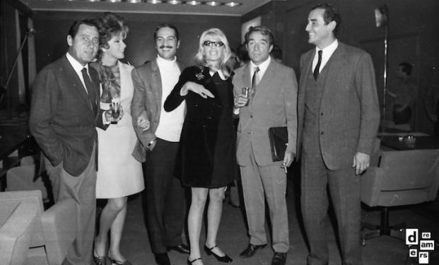 DREAMERS 1968 AGI Riunione alla sede dell'Agis di attrici, attori, registi-e-produttori per la fondazione dell'accademia cinematografica 1 novembre