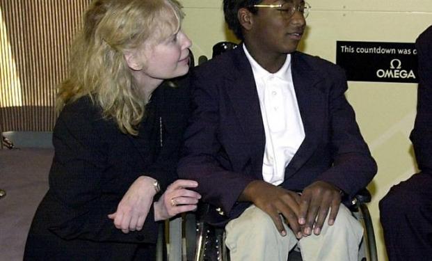 Mia Farrow: morto suicida il figlio adottivo Thaddeus