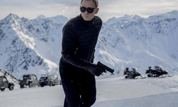 "Daniel Craig in ""007 Spectre"""