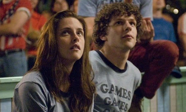 Kristen Stewart e Jesse Eisenberg in Adventureland
