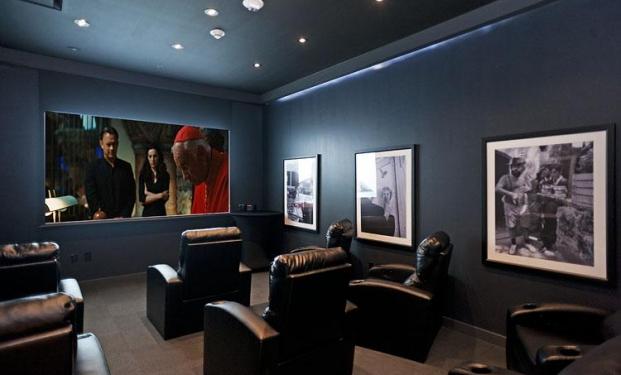 Spielberg e j j abrams sostengono screening room il - Realizzare sala cinema in casa ...