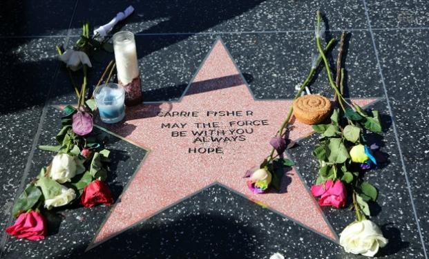 Debbie Reynolds è morta stanotte per un ictus