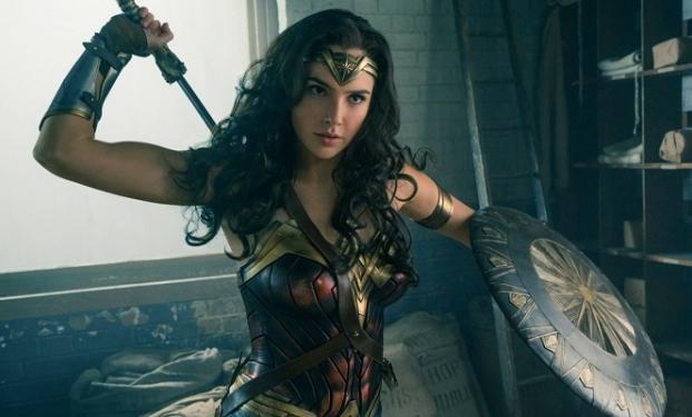 Wonder Woman: Gal Gadot svela il poster ufficiale
